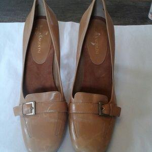 Enzo Angiolini Tan  shoes.